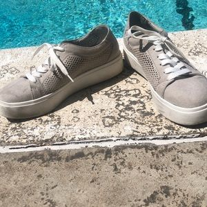 Relaxing Summer Shoes
